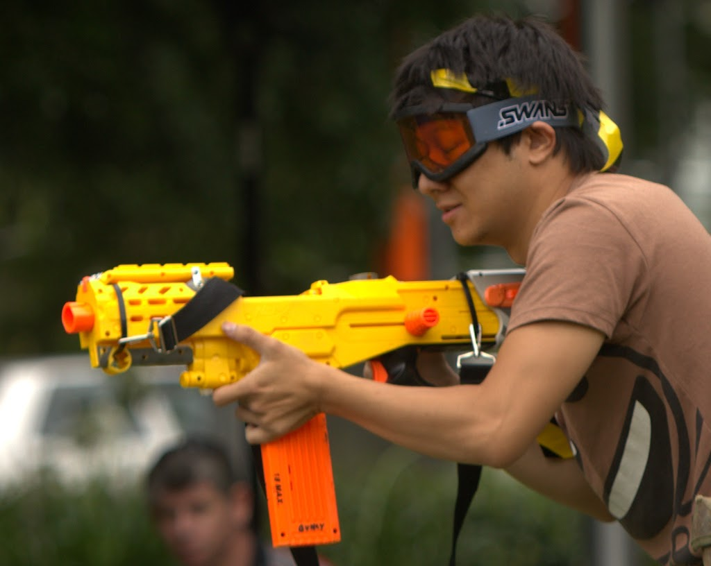 Kelvin Grove war pictures: December 18th   Picture heavy... Nerf%2Bwar%2B095