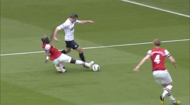 Robin van Persie, Arsenal - Manchester United