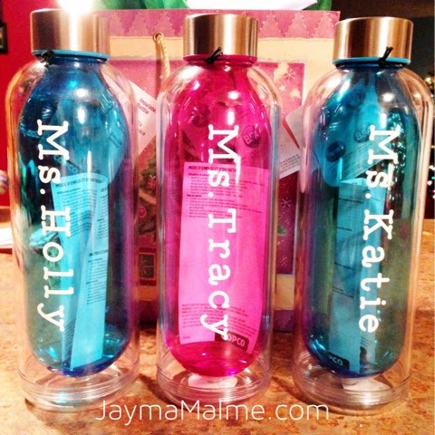 Diy personalized water bottles for teacher gifts using vinyl and a cricut