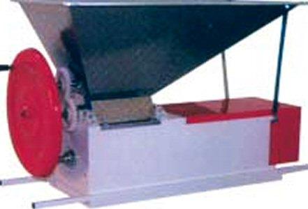 Ερασιτεχνικός Σπαστήρας-διαχωριστήρας σταφυλιών χειροκίνητος (θλιπτήριο-εκραγιστήριο-απορραγιστήριο για αποβοστρύχωση και έκθλιψη) τύπου Eno 3, του ιταλικού εργοστασίου Enoitalia