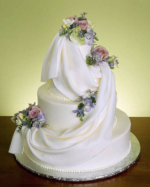 Lovely Wedding Cakes Photos Marriage Designs Latest Pictures New Structures Stills