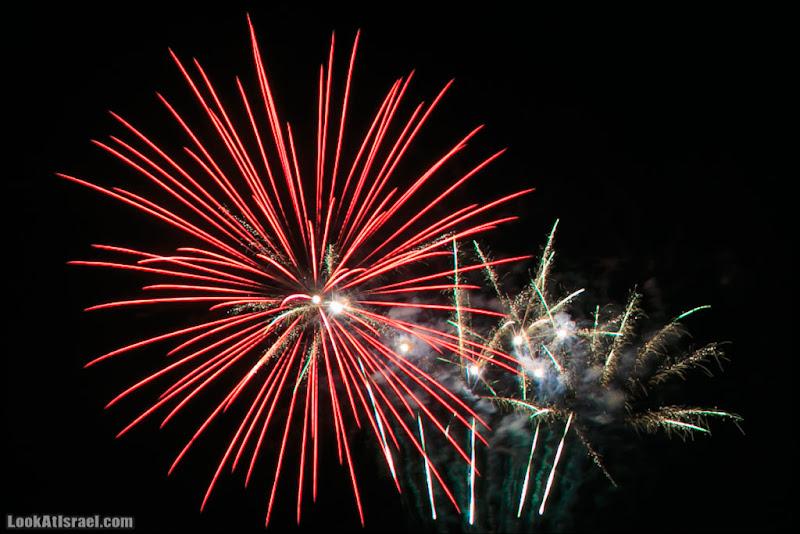 Салют 65 (israel  тель авив праздник площадь Рабина  20130415 ta fireworks 002 5D3 2011)