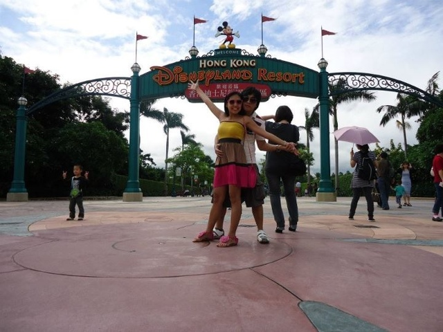 Ed and Lady at Disneyland Hongkong