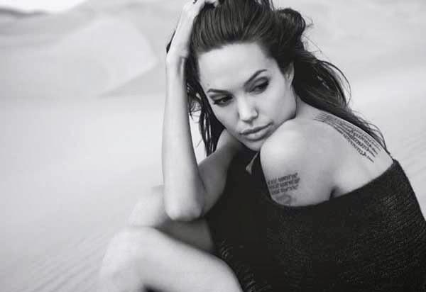 Angelina Jolie, blanco y negro