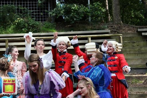 Doornroosje Openluchttheater Overloon 01-08-2012  (119).JPG
