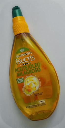 INDICACIONES Aceite capilar indicado para cabello seco. Lo hidrata, facilita el desenredado y lo deja brillante.