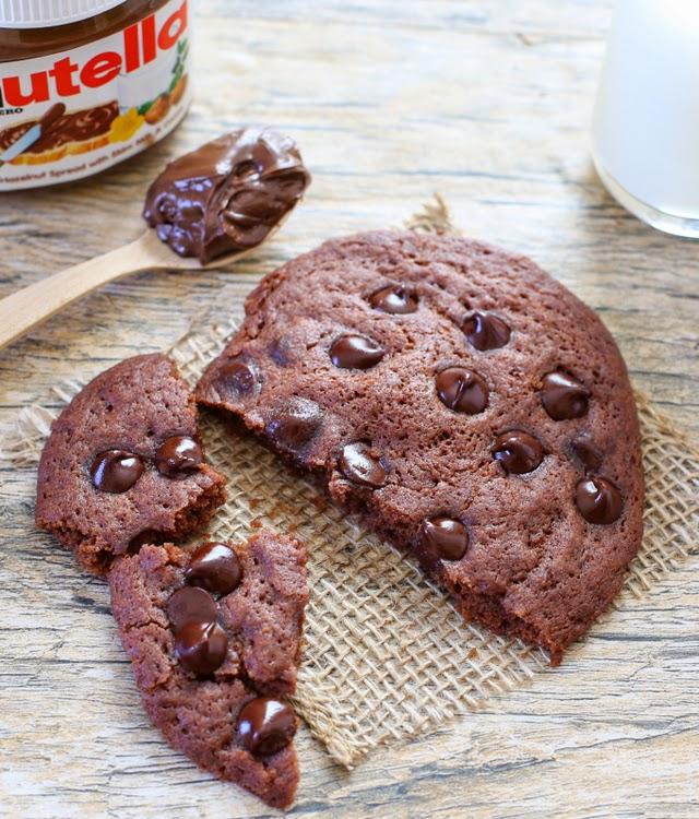 overhead photo of a cookie broken in half