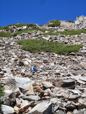 And that's M, walking down through the talus. ©http://backpackthesierra.com