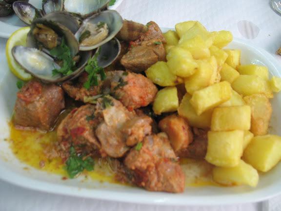 Carne Porco Alentejana.-Restaurante Casa do Alentejo.-Lisboa