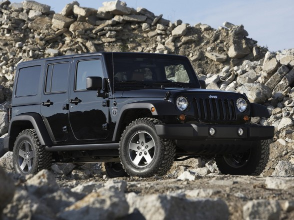 Jeep Wrangler Call of Duty Black