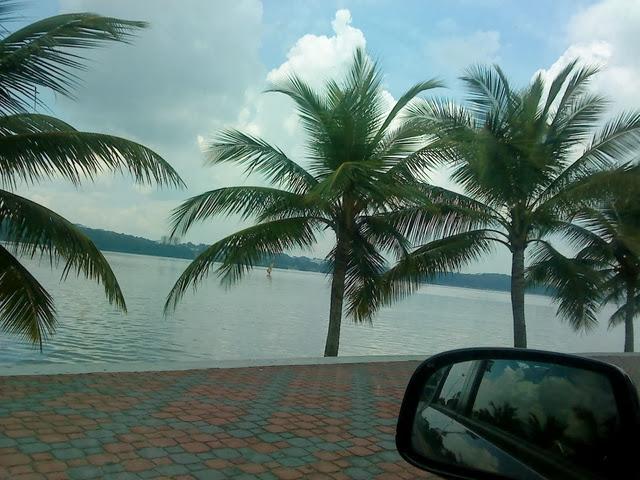 Pantai-Stulang-Laut-Beach