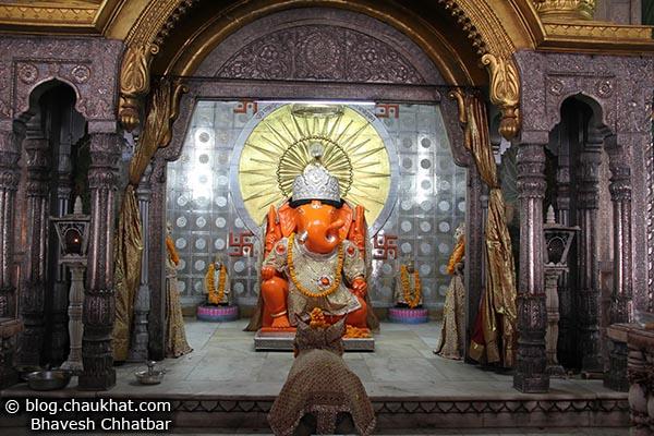 Moti Doongri Ganeshji - Devotee View