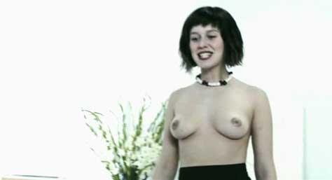 Manuela Vellés, desnuda en película
