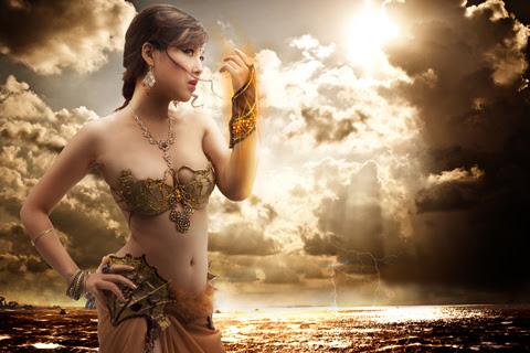 Song nữ khoe dáng với cosplay Truyền Thuyết Bóng Đêm 8
