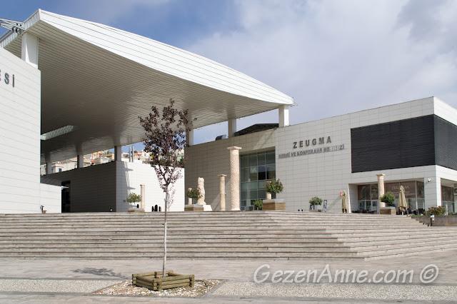 Zeugma Müzesi girişi, Gaziantep