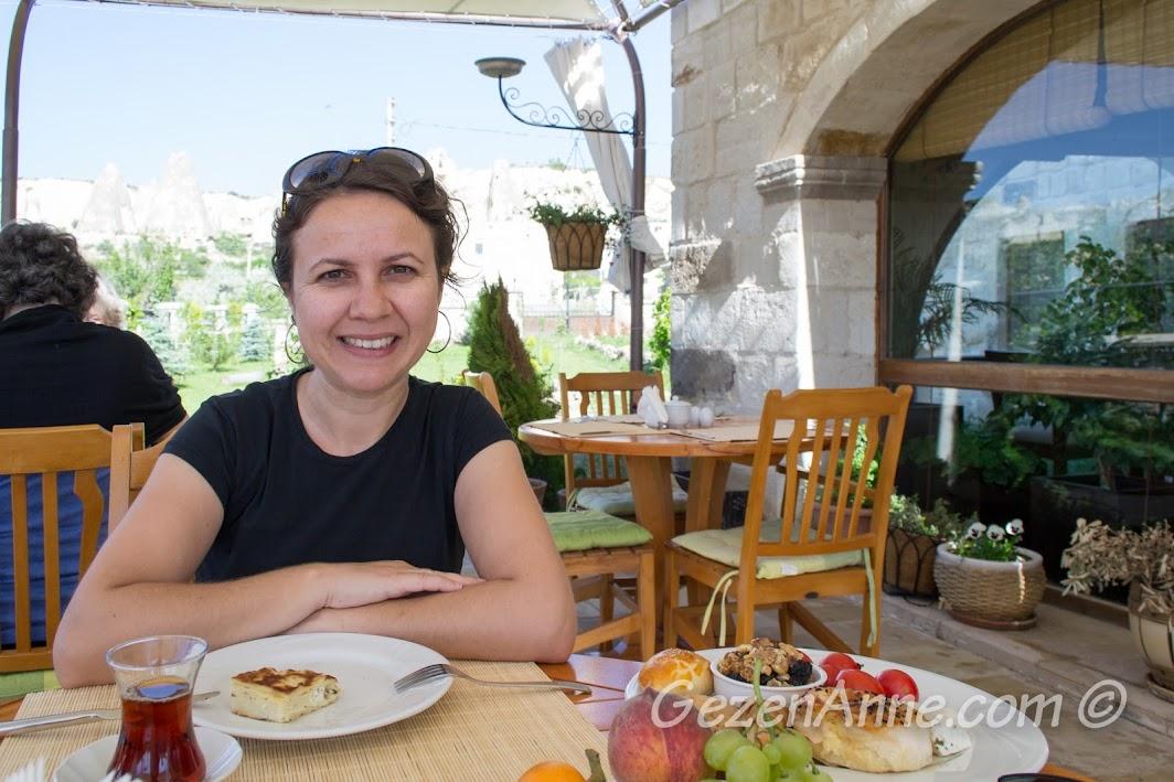 kahvaltı ederken, Göreme İnn Otel Kapadokya