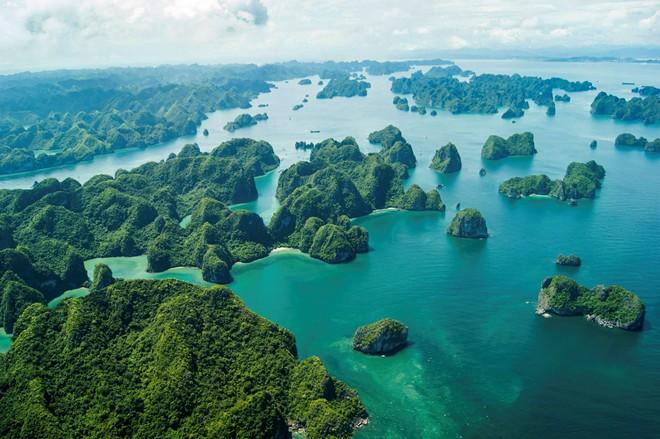 Bộ ảnh Vịnh Hạ Long tuyệt đẹp, khu du lịch nổi tiếng VN