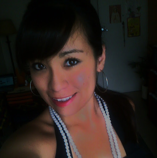 Angela Tabares Photo 10