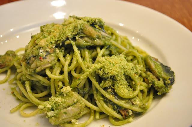 Cantina+del+Ponte+Shad+Thames+review+London+Bridge+Italian+restaurant+Spaghetti+con+le+sarde