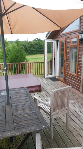 Log Cabin Holidays - Athelington Hall at Log Cabin Holidays - Athelington Hall