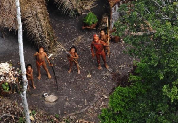 Inilah Video Rekaman Suku Terasing Amazon