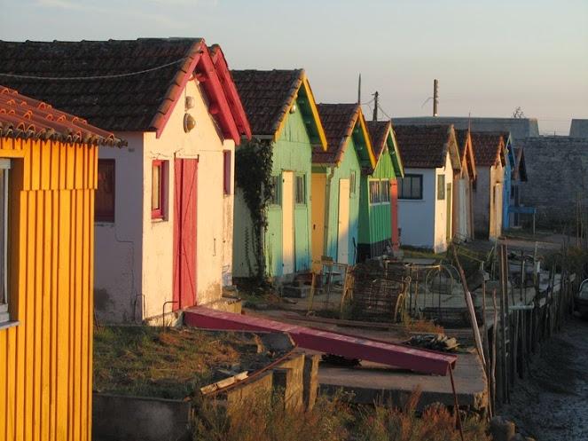 Cabanes du pêcheurs et façades colorées