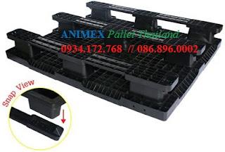 Pallet nhựa lhàng nhẹ SMS 1012 NR nhập khẩu