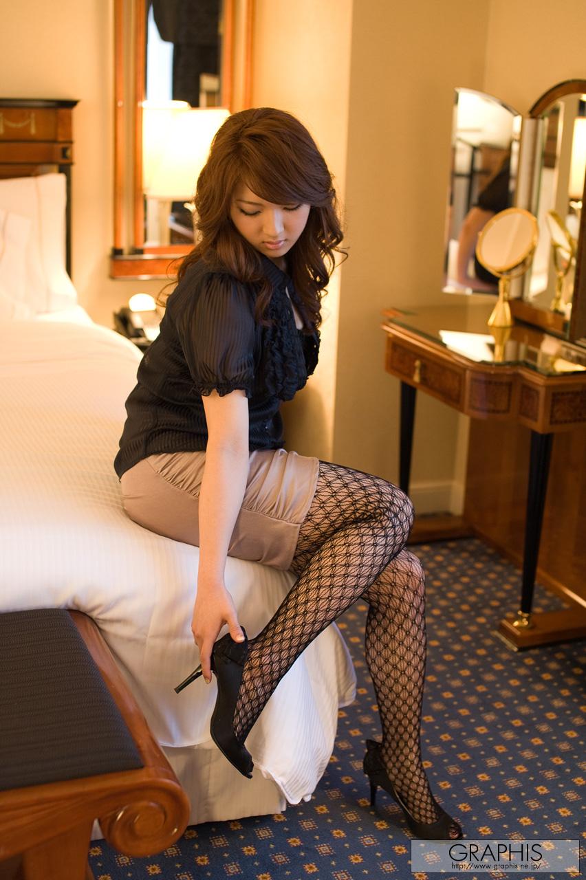 Shiori Kamisaki - Japanese AV Idol