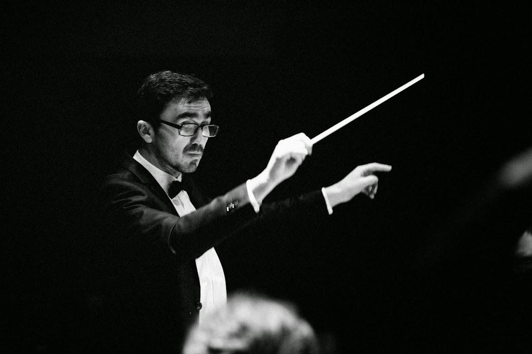 Іван Остапович - диригент