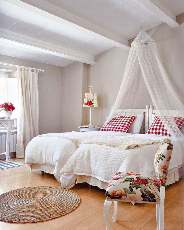 Muebles y decoraci n de interiores dormitorio camas con - Decoracion de camas ...