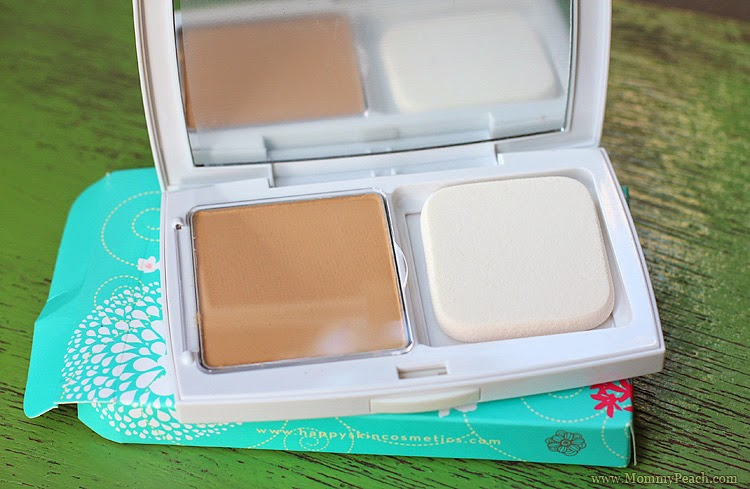 Happy Skin Hydrating Powder Foundation | www.mommypeach.com