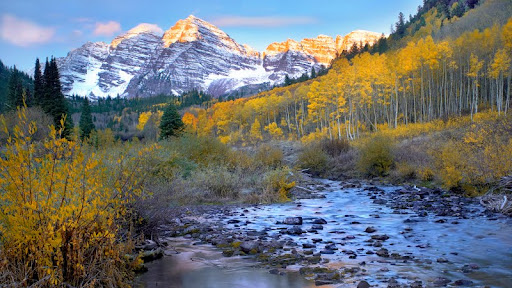 Maroon Bells and Maroon Creek in Autumn, Colorado.jpg