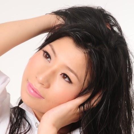 Yan Yang Photo 43