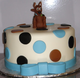 Scooby Doo sugar sculpture custom blue, brown and black fondant polka dot baby shower cake