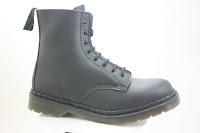 Breathable Bouncing Boot with 4-layer Tredair sole that moulds to the shape of your feet. Extra bouncy sole.