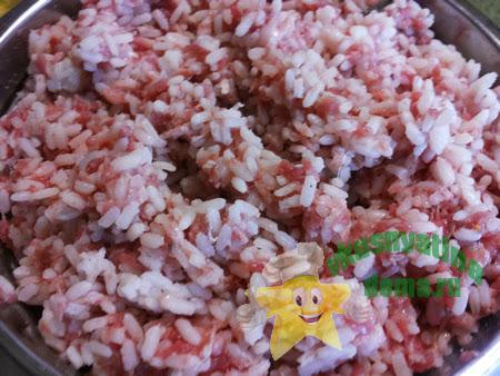 Начинка из фарша и риса для перцев