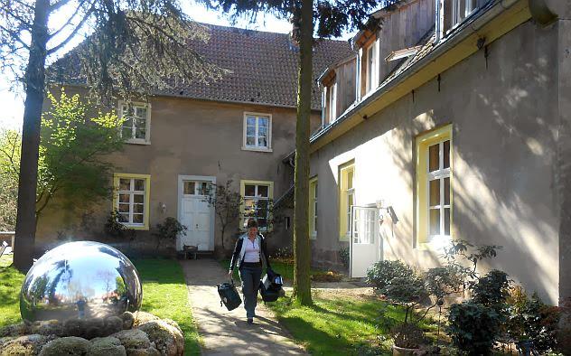 Heek-Nienborg: Leaving Haus Keppelborg, Münsterland