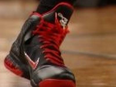 timeline 111228 shoe lebron9 bred 2011 12 Timeline