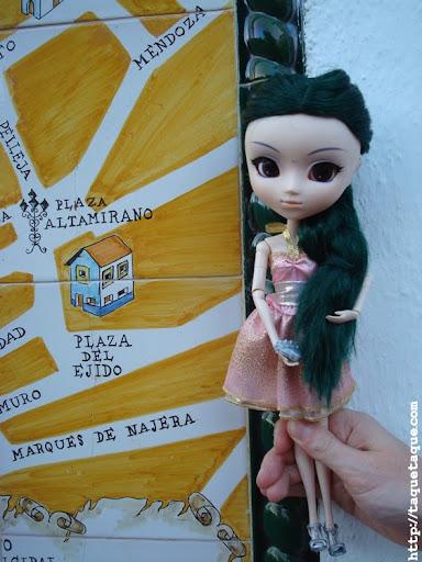 mi Pullip Saras en el Ayuntamiento de Marbella
