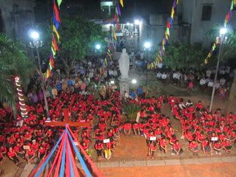 Giáo xứ Phú Hậu đón Thánh Giá Đại hội Giới Trẻ