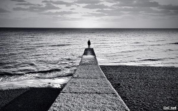 ảnh tâm trạng buồn bên Biển