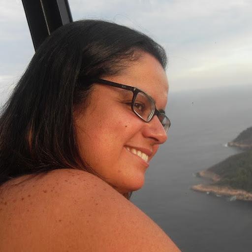 Renata Cox Photo 3