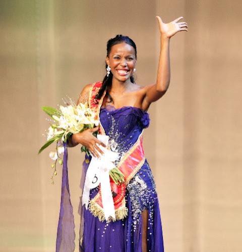 Miss Angola World 2012