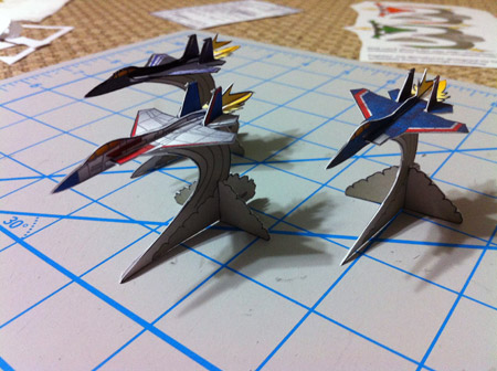 Little Roller Mini Fighter Jet Paper Toy