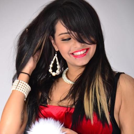 Yajaira Santana Photo 15