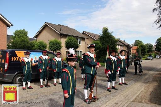 Koningschieten Sint Theobaldusgilde overloon 01-07-2012 (132).JPG