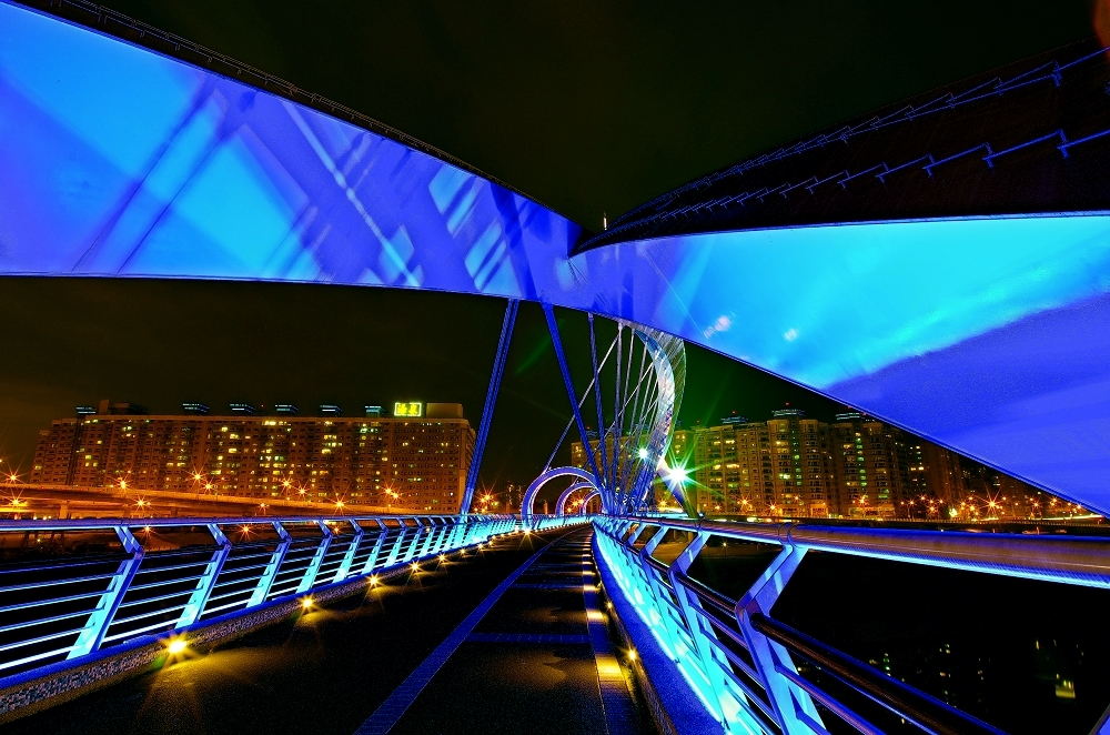 重拍彩虹橋~~陽光橋!!