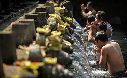 Cleansing And Spiritual Purification Package Tampaksiring Gunung Kawi