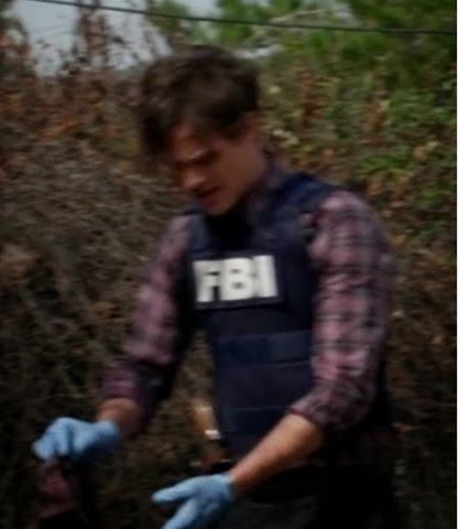 spencer reid season 9. i didn\u0027t had a particular favorite moment in this episode, so decided to make screenshots of spencer his fbi bulletproof vest :d (because he looks hot reid season 9 t
