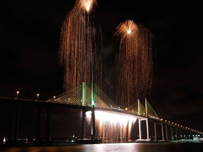 Réveillon de Natal tem queima de fogos apenas na Ponte Newton Navarro